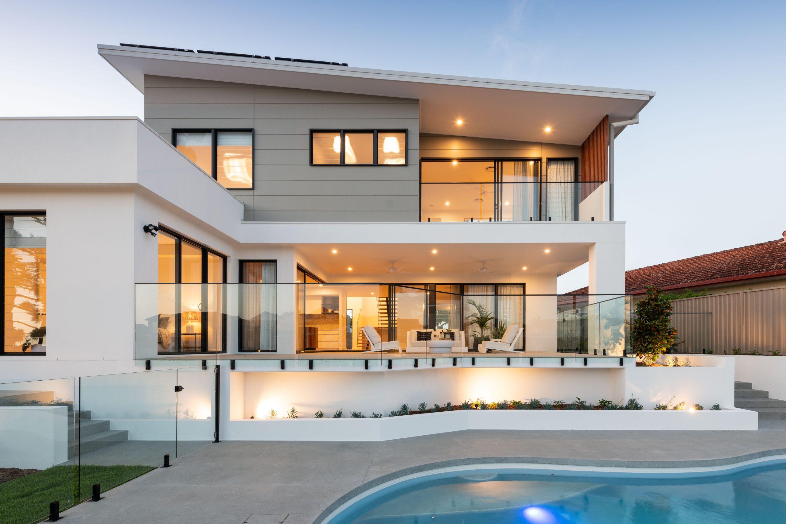 Luxury Benowa Waters Waterfront Home